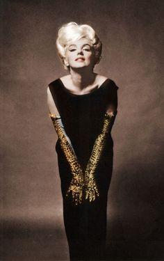 Marilyn Monroe http://media-cache-ec4.pinterest.com/upload/118712140148146198_hikmv85a_c.jpg