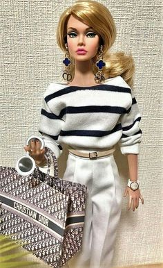 Doll Clothes Barbie, Vintage Barbie Dolls, Fashion Royalty Dolls, Fashion Dolls, Barbies Pics, Poppy Parker, Beautiful Barbie Dolls, Barbie Fashionista, Casual Outfits