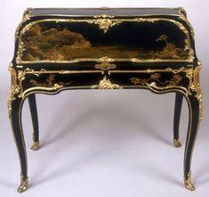 Secrétaire en pente. Attribué à Bernard II VanrisenBurgh (dit) B.V.r.B. (après 1700-1766). Paris, vers 1750-1755 © The National Trust - Waddesdon Manor / Mike Fear.