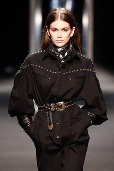 Kaia Gerber's Runway Pics — See Fashion Week Photos – HollywoodLife Kaia Gerber, Kaia Jordan Gerber, Runway Fashion, Fashion Models, Fashion Show, Womens Fashion, Fashion Pants, Fall Winter Outfits, Winter Fashion