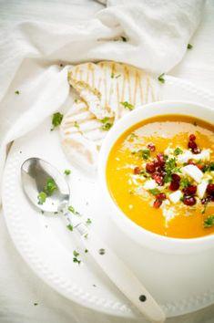 Marokkaanse Pompoensoep met kokosmelk Keto Recipes, Healthy Recipes, Hot Soup, Happy Foods, Cooking Classes, Pumpkin Recipes, Soups And Stews, Curry, Brunch