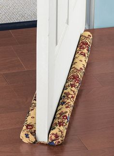 Tapestry Draft Guard Zoom In Draft Stopper, Door Stopper, Home Crafts, Diy Home Decor, Diy And Crafts, Sewing Hacks, Sewing Projects, Draft Guard, Rideaux Design