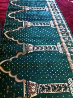 Toko online kami menyediakan lokal maupun import yang dapat anda beli baik ecer ataupun grosir dengan harga bersaing. Merk karpet sajadah tersebut antara lain, Turki, Tebriz, Tabriz, Oman, Millenium, Aqsa, Istiqlal,Polos, Medena, Iranshar, Kingdom, Yasmin, Dynasty, Shafira Dll. Hubungi kami www.karpetbagus.com di : CS1 Ari (085368376917/PIN BB : 5AC18563) CS2 Nisa (08521899 0050/PIN BB : 53B583C7) CS3 Ratna (082281833592/PIN BB : 52B1974F) CS4 Syella (085325266462/PIN BB : 2A831354) Prayer Room, Antara, Aries, Turki, Muslim, City Photo, Interior, Room Ideas, Indoor