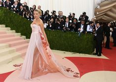 Here's What Everyone Wore To The 2016 Met Gala