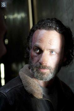Andrew Lincoln (Rick Grimes) no 16º episódio da 4ª Temporada de The Walking Dead.