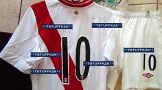 2013/2014 Umbro Peru National Team Home KIT (Jersey, Shorts, Socks) Match Prepared for Jefferson Farfan #10 Size MEDIUM.....For Sale - New with Tags....Email me with any questions. (BACK VIEW) Escribenme a mi inbox si quieren comprarla.