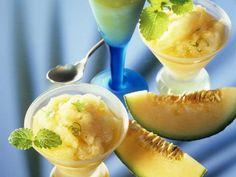 Melonen-Sektsorbet ist ein Rezept mit frischen Zutaten aus der Kategorie Obst. Probieren Sie dieses und weitere Rezepte von EAT SMARTER!