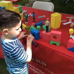 Construction play is learning! #playislearning #rutgersday