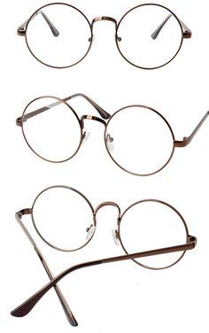 芸能人が使用しているメガネ一覧!眼鏡をかけた男性芸能人の画像集!おしゃれな有名人たちが一体どんなメガネをかけている のかご紹介しちゃいます。