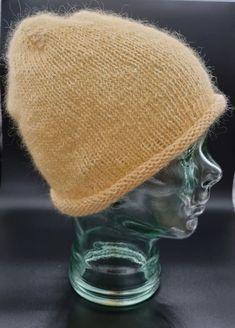 Beanie, Medium, Hats, Fashion, Moda, Hat, Fashion Styles, Beanies, Fashion Illustrations