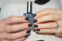 Scout Cosmetics 5 free Eco Luxe Nail Lacquer in Notorious - a deep grey with dark green facets in certaiin lights