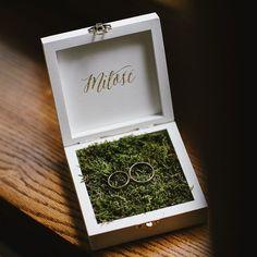 It's just one word but it is so powerful  Love  . . #love #lovely #lovemyjob #miłość #rings #ringshot #wooden #woodenbox #wedding #weddingring #weddingdetails #slub #weddingplanner #weddinginitaly #warszawa #fotografslubnywarszawa #dworslupia #jamstudiopl
