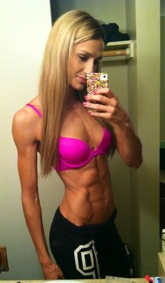 Hard Rock Supplements Yellow Bullet ECA Stack für massiven Fettverlust! #Bikinimodel #Fitnessmodel #Fitspo #Selfie