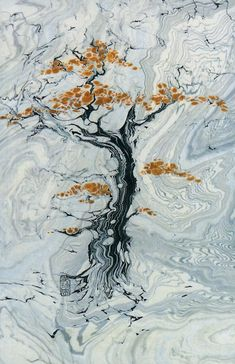 This is the Ancient Japanese Art of Suminagashi - using water and ink!