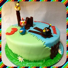 Angry Birds cake - by Piece of Cake