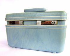 Vintage 1960s Samsonite Train Case by CedarRunVintage