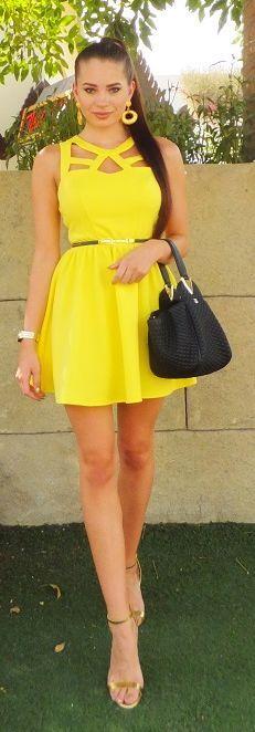 Little Yellow Dress Streetstyle by Laura Badura Fashion