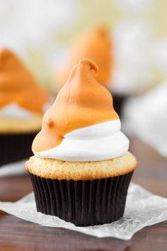 Butterscotch Dip Cupcakes are great for Halloween or Thanksgiving. Or for a special Fall birthday!