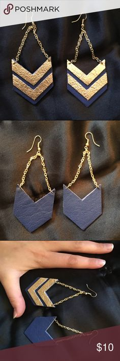 Gold and Navy Double Arrow Earrings Super cute and fashionable. Faux leather material, excellent condition. Jewelry Earrings
