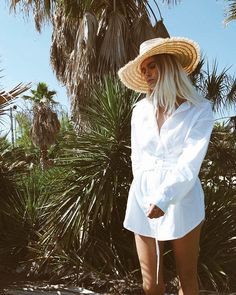 7 Warm-Weather Outfits Anyone Can Re-Create via @WhoWhatWear