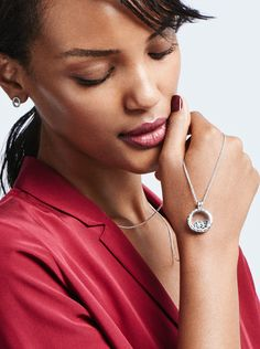 Crafted from sterling silver, PANDORA's Floating Locket presents treasured petite elements inside two walls of sapphire glass, making them appear as if they are floating in a miniature universe. Change the elements to suit your style and mood. #PANDORAnecklace