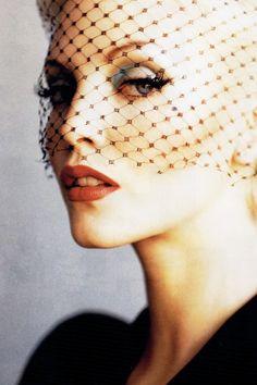 _I- -I_ Nadja Auermann for Harper's Bazaar US January 1995