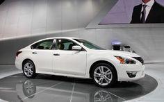 Google Image Result for http://image.motortrend.com/f/37330072%2Bw569%2Bh356%2Bar1/2013-Nissan-Altima-front-three-quarter-2.jpg