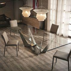 Tavolo Cattelan modello Skorpio Fisso, tavolo fisso elegante dalle linee moderne. Ha la base in acciaio verniciato in graphite.