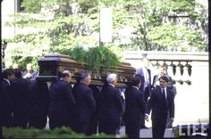 "Former First Lady Jackie Kennedy Onassis's funeral.RIP ❤♛❤ RIP (First Lady ~~~Jacqueline Lee (Bouvier) Kennedy Onassis (commonly known as ""Jackie"" (July 28, 1929 – May 19, 1994)   http://en.wikipedia.org/wiki/Jacqueline_Kennedy_Onassis"