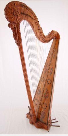 Antique hook harp