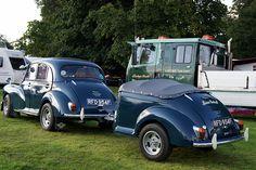 Morris Minor 1000 and matching trailer Car Trailer, Trailer Build, Camper Trailers, Camper Van, Morris Minor, Custom Trailers, Classy Cars, Vintage Caravans, Classic Motors