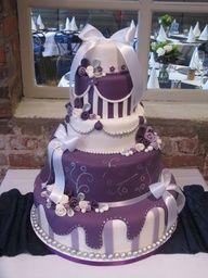 purple and white wedding cake Round Wedding Cakes, Purple Wedding Cakes, Beautiful Wedding Cakes, Gorgeous Cakes, Pretty Cakes, Cute Cakes, Amazing Cakes, Purple Cakes, Wedding Cake Inspiration