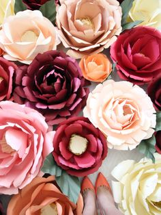 Love the paper flowers on this websites