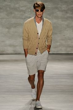 See the complete Todd Snyder Spring 2015 Menswear collection.