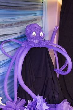 Fun octopus made with pool noodles and foam spray! Ocean Commotion decorations #vbs2016
