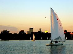 Free sailboat rides on Lake Calhoun! | PhenoMNal Twin Cities: Minneapolis Blog