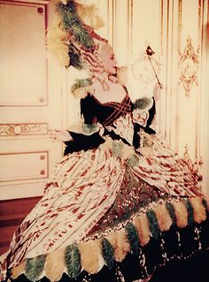 A rare color print of Norma Shearer as Marie Antoinette, from a color transparency. source: my scan/collection