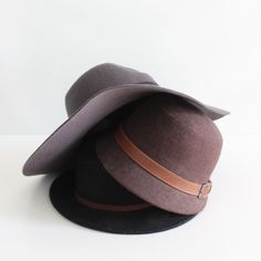 Learn how to resize a hat that's too big with this quick DIY! Never hold onto your hat again!