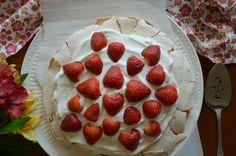 Vanilla Bean Pavlova with Strawberries & Cream Nut Free, Dairy Free, Gluten Free Desserts, Dessert Recipes, Strawberries And Cream, Pavlova, Easter Recipes, Food Allergies, Glutenfree
