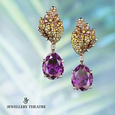 Jewellery Theatre- Thistle Earrings - 2 Amethysts 10,76 ct 25- Diamonds 0,22 ct 36- yellow Diamonds 0,23 ct 60- green Diamonds 0,37 ct- 18K yellow Gold 11,6 g.