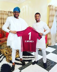 Nigerian Footballer Ogenyi Onazi pictured with Five Star Music CEO E-money See Fans Reaction  Nigerian Footballer Ogenyi Onazi pictured with Five Star Music CEO E-money See Fans Reaction  Super Eagles of Nigeria midfielder Ogenyi Onazi paid Five Star Music CEO and muscian KCEE's btother E-money a courtesy visit and handed him a gift of his club football jersey No1 written on it 'E.Money'.Is there a collaboration going on that we don't know yet?  http://ift.tt/2j3kS7s Naija Soccer News Read…