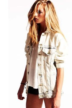 the rest of the clothing brand thought over to trifles in line with fashion season trends. New Fashion Clothes, I Love Fashion, Teen Fashion, Passion For Fashion, Fashion Outfits, Teenager Fashion, Fashion Ideas, Casual Clothes, Fashion Seasons