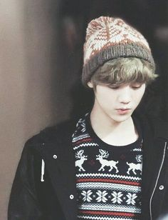 Find images and videos about kpop, exo and luhan on We Heart It - the app to get lost in what you love. Chanyeol Baekhyun, Exo K, Kris Wu, Gu Family Books, Big Bang Top, Jung Yong Hwa, Kim Minseok, Fandom, Chinese Boy