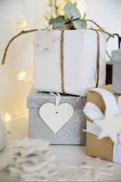 Christmas Gift Wrapping - with a little extra sparkle Noel Christmas, All Things Christmas, Winter Christmas, Christmas Cards, Christmas Decorations, Christmas Ideas, Simple Christmas, Christmas Gift Wrapping, Christmas Presents