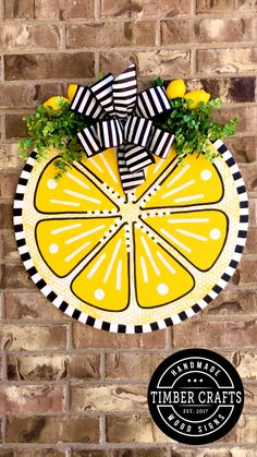 Wooden Door Signs, Wood Signs, Summer Diy, Summer Crafts, Lemon Crafts, Pizza Pan, Wood Cutouts, Plate Crafts, Arts And Crafts Supplies