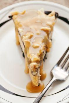 frozen chocolate peanut butter pie - movita beaucoup