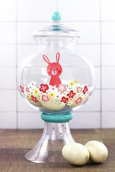 Easter Bunny Floral Candy Dish -- Paint a sweet Easter bunny candy dish #decoartprojects
