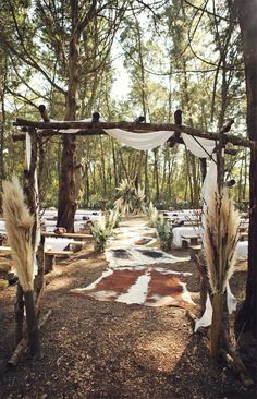 Get inspired by these fab boho wedding altars, boho wedding arches and backdrops. If you're planning a summer wedding and still looking. wedding backdrop These Fab Boho Wedding Altars, Arches and Backdrops that make us swoon 15 Wedding Ceremony Ideas, Wedding Altars, Wedding Ceremony Decorations, Wedding Arches, Wedding Backdrops, Wedding Ceremonies, Wedding Themes, Wedding Arrangements, Ceremony Backdrop