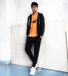Donny Pangilinan Wallpaper, Best Boyfriend, Pinoy, Compliments, Lab, Bomber Jacket, Dressing, It Cast, Wattpad