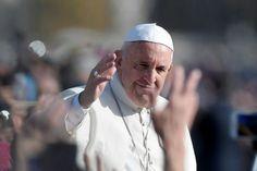 El Papa Francisco prorroga que curas puedan absolver del aborto